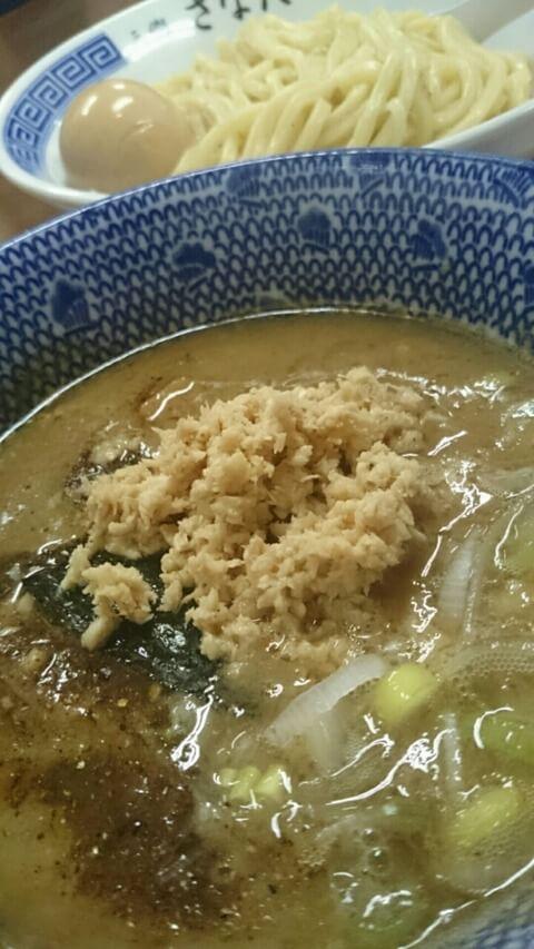 行列のできる人気店三郷の『つけめん さなだ』でつけ麺と中華そばを食べてきた!